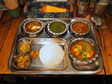 インド亜大陸食堂酒場「Kalpasi」で味わう自由で壮大なひと皿。